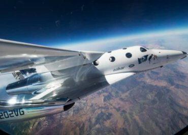 თვითმფრინავი, რომლითაც წლის ბოლოს ტურისტები კოსმოსში იფრენენ